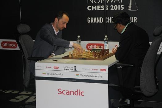 Topalov -_Anand_9._runde_Norway_Chess