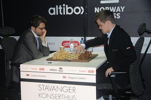 Aronian Carlsen_Norge_2016_S._Haubro